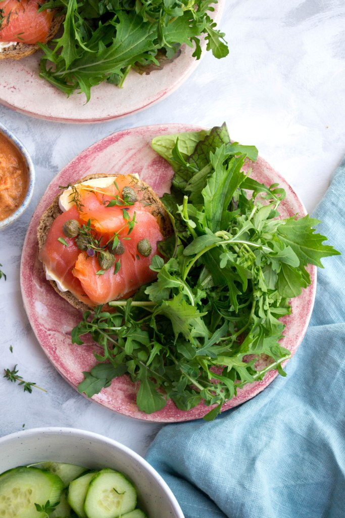 Wholegrain bagels and salmon