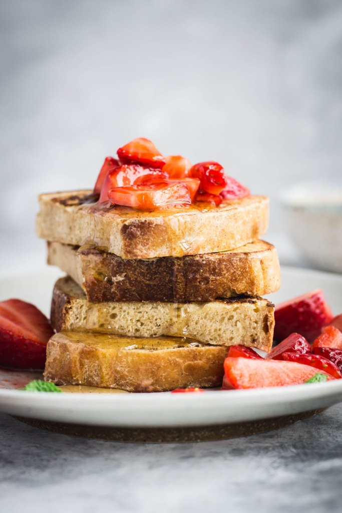 French toast with strawberries and honey
